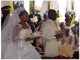 Le mariage religieux du président de la République démocratique du Congo (RDC), Joseph Kabila, 35 ans, avec Marie Olive Lembe di Sita, 27 ans, a été célébré